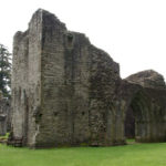 Inchmahome_Priory_-_1_-_06052008